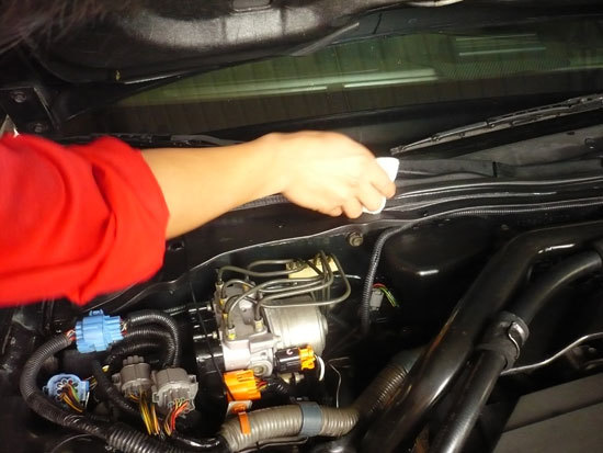 汽车发动机舱清洗 - 龙岩福康汽车服务