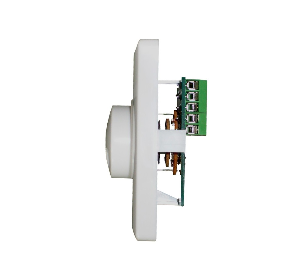可承受10w最大功率,满足房间内部1-3只吸顶扬声器或壁挂音箱音量控制