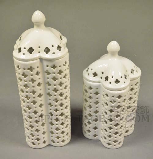 镂空花纹方型储物罐