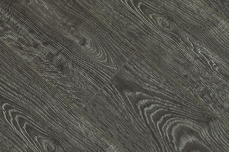 鑫屋真木纹6901款深烟灰色强化复合地暖地板 9000转耐磨简约简欧|一淘