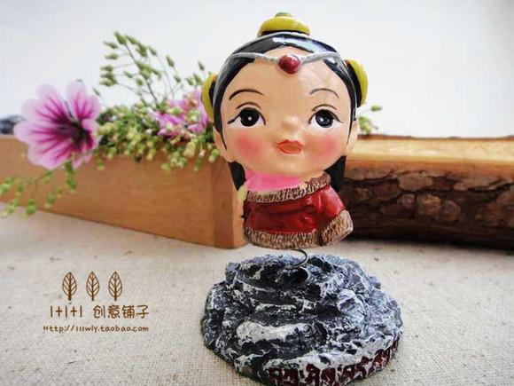 独家原创民族玩偶 藏族摇摆娃娃 创意礼品 树脂车饰摆件