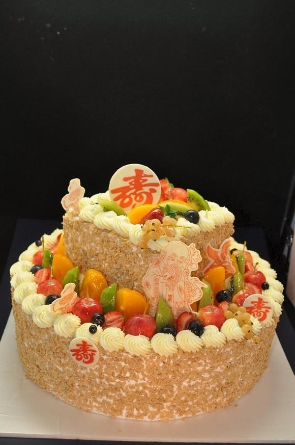 二层水果蛋糕 - 好运来美食广场
