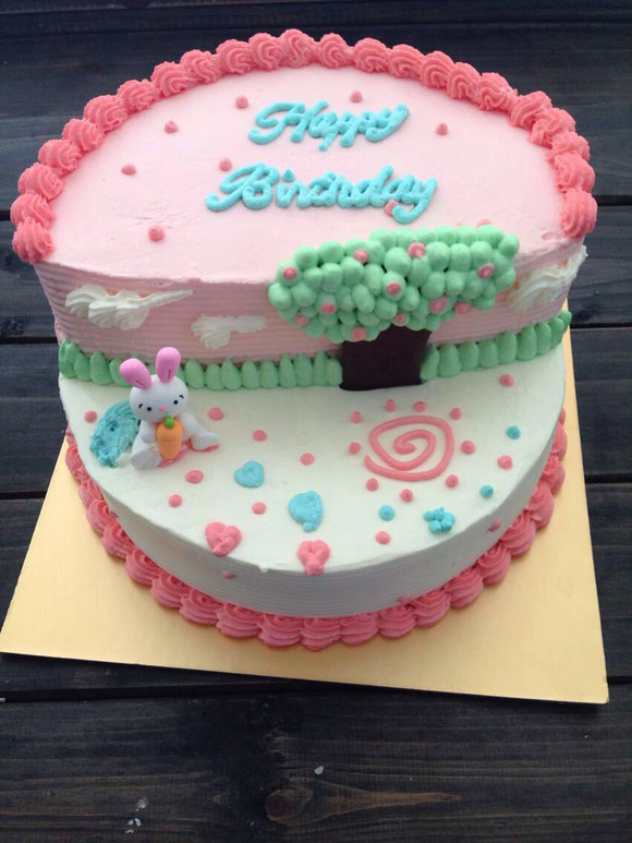 儿童乐园双层蛋糕