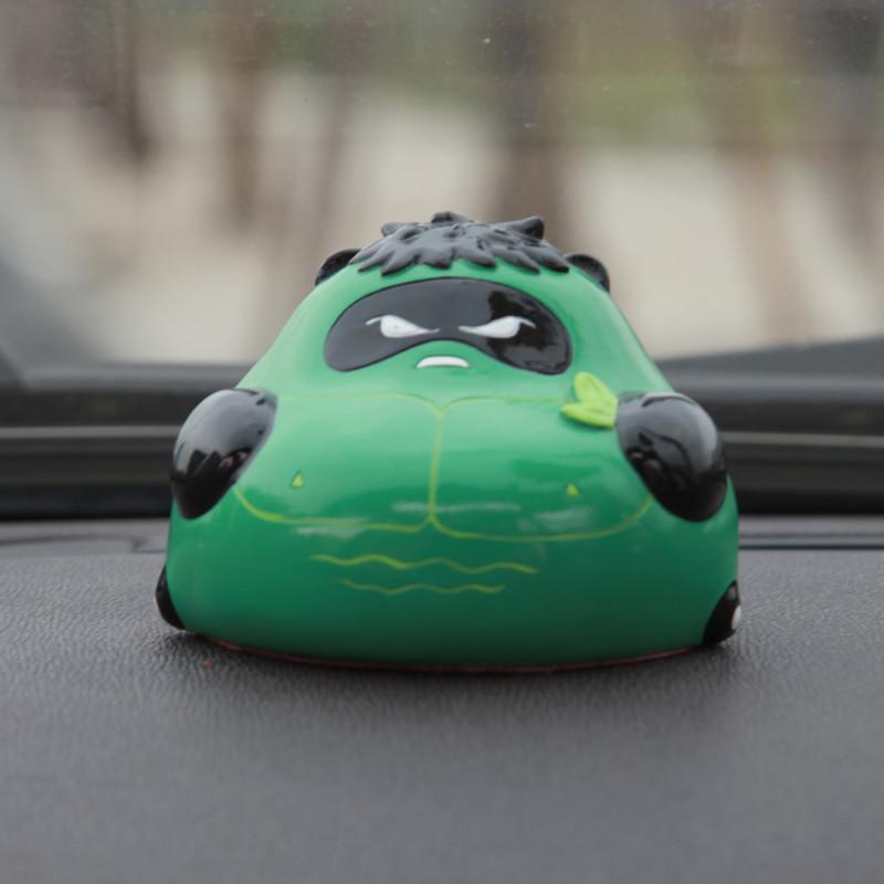 原创懒熊猫绿巨人可爱创意汽车摆件车载卡通公仔内饰