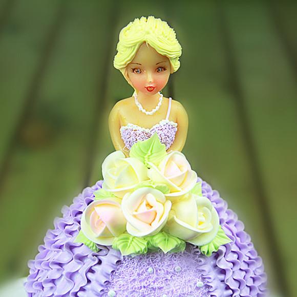 北纬30度 戴安娜 欧式卡通芭比娃娃蛋糕个性定制 成都