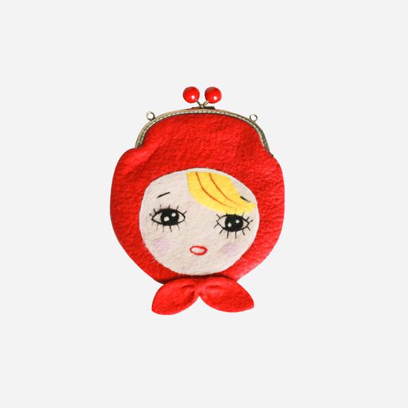 作品以小动物,蘑菇,花朵,浆果,套娃,可爱女孩为主题,森林系小清新风格