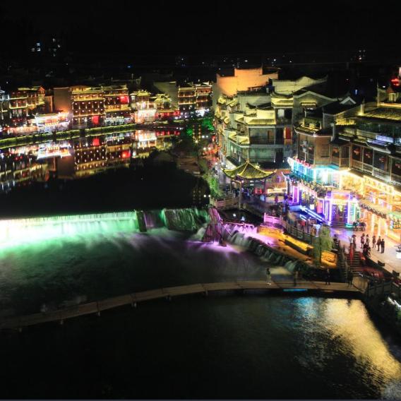 湛江夜晚风景图