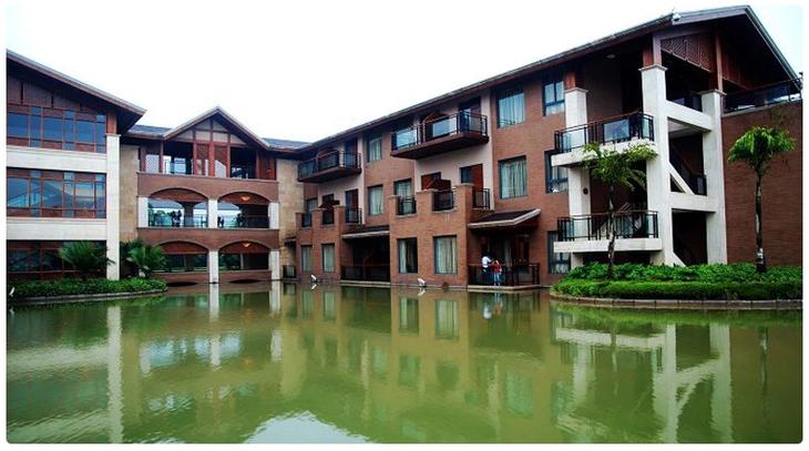 弥勒湖泉酒店_云南弥勒湖泉酒店预订温泉酒店订房温泉门票优惠价