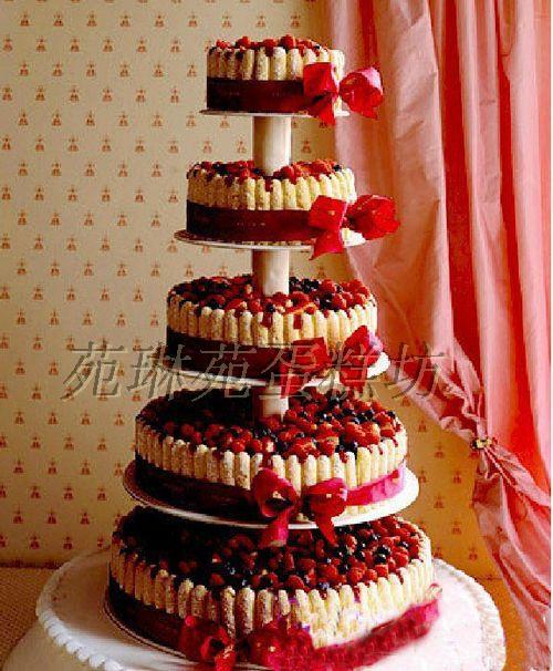 昆明蛋糕实体店 多层支架婚礼蛋糕主题婚礼蛋糕定制