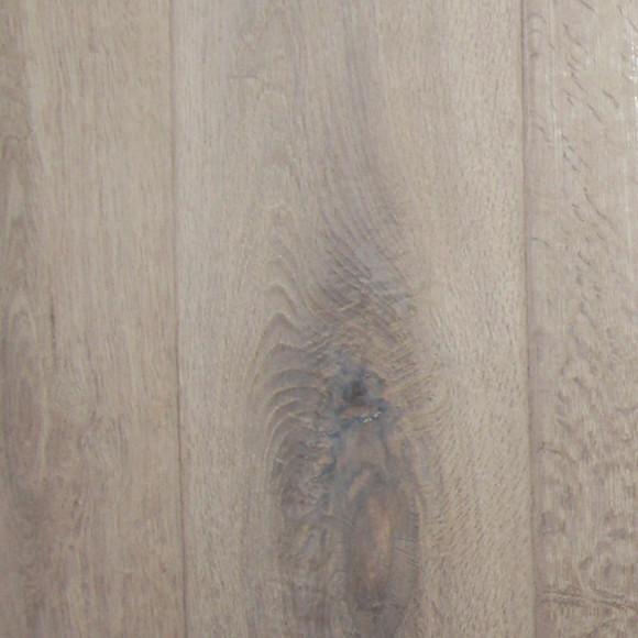 """""""比强化地板高贵自然,比实木地板实惠稳定""""我们只做多层(三层)实木"""