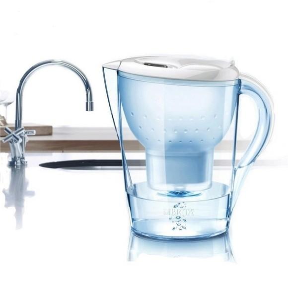 手绘线条图像 水壶