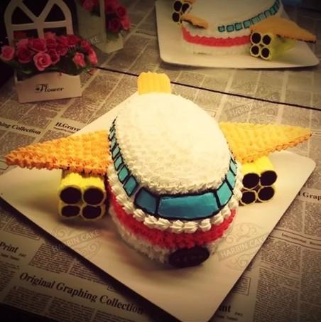 卡通飞机蛋糕 - 法兰茜饼坊