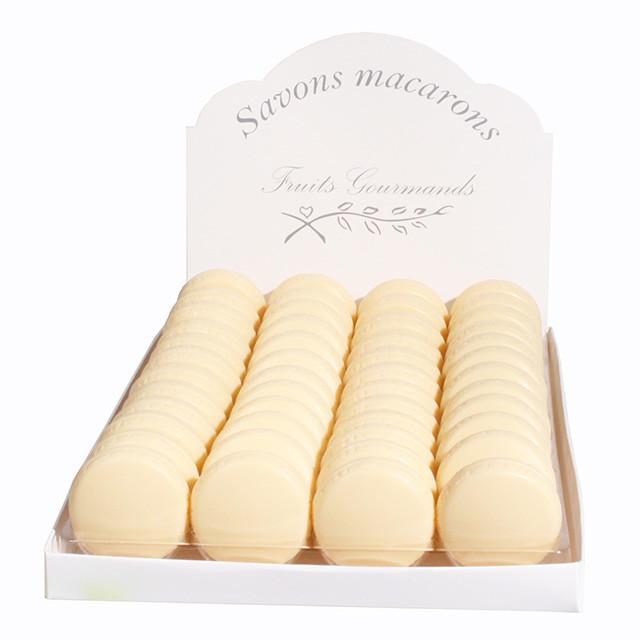 法国品牌凯瑟琳马森工作室初期因为给法国香水大牌圣罗兰,迪奥制作与