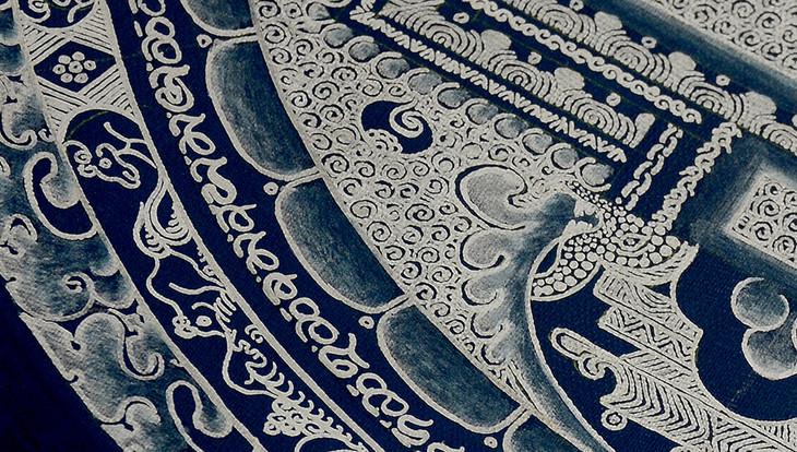 尼泊尔纯银颜料手绘素色坛城唐卡-深蓝底