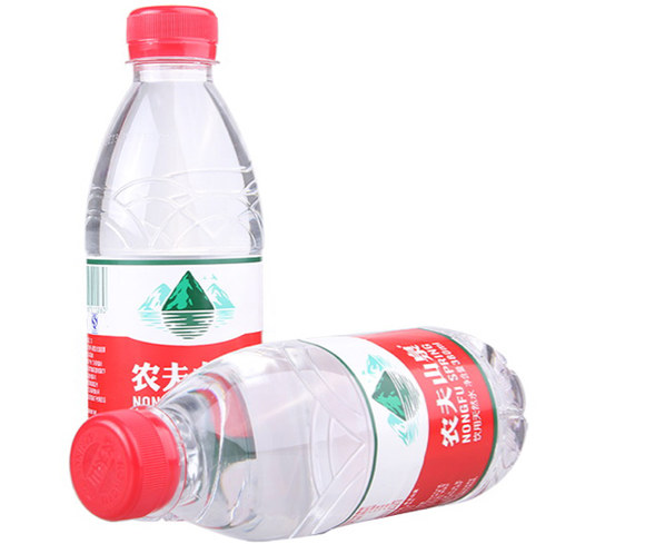 380ml农夫山泉矿泉水一瓶