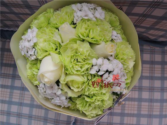 四叶纸鸢 妈妈的手捧花 母亲节必送 深圳康乃馨鲜花