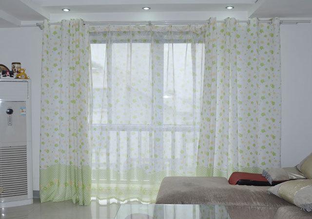 创艺装饰:客厅阳台窗帘怎么样的布置才算合理?