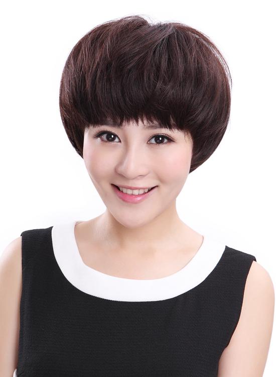 男生烫头发的发型蘑菇头 时尚发型