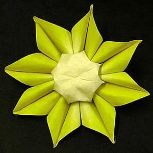 """正好快""""六一儿童节""""啦,阿卡应应景,献上一个向日葵折纸的教程,家长"""