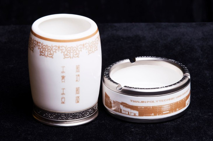 陶瓷杯子图案手绘图简单