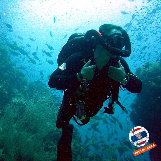 进行潜水活动后18小时内不能坐飞机