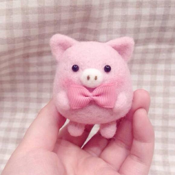 纯手工羊毛毡可爱小粉猪