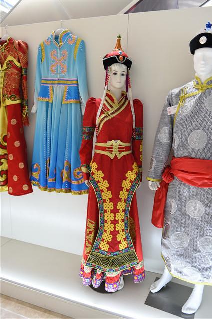 手工蒙古袍(女)红色礼服