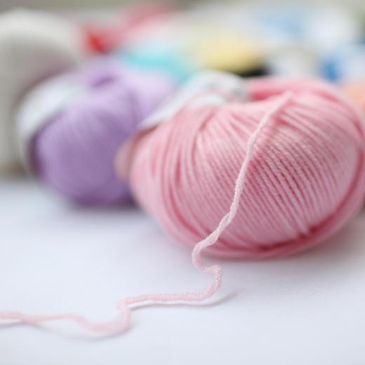 【云宝宝】美丽诺手编羊毛线宝宝毛线 儿童编织毛衣线手工钩编线 30克/团 商品图1